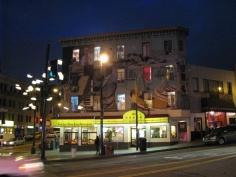 Нощните улици на Сан Франциско с по които се носи духът на битниците и Джак Керуак