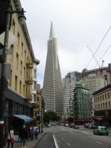 Пирамидата Трансамерика е една от символите на Сан Франциско. Висока е 260 м и е построена през 1972