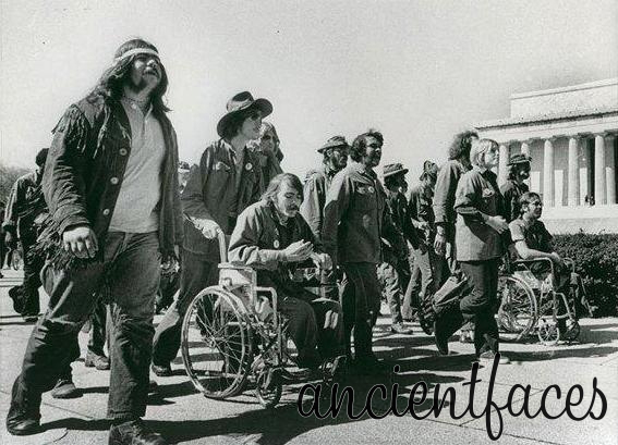 viet-nam-veterans-protest-war-416246
